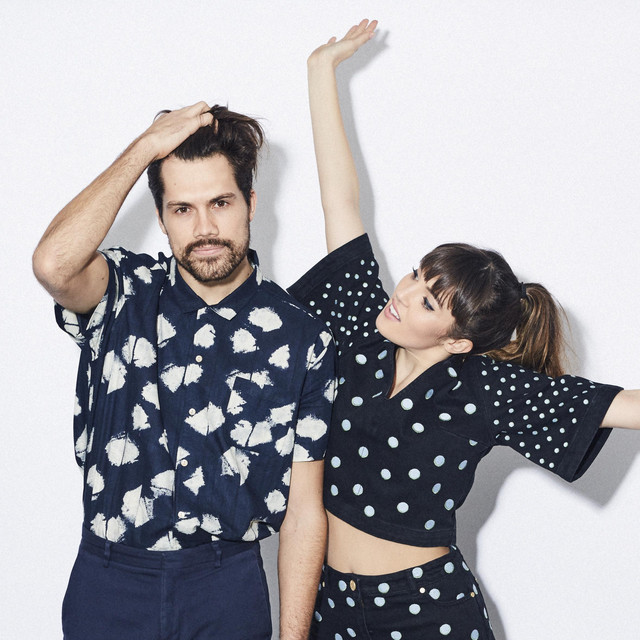 A photo of Oh Wonder